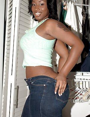 Ebony Mature sex