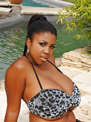 Ebony at Pool sex
